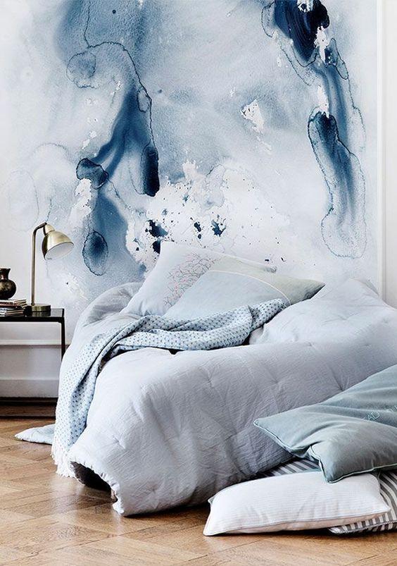akwarela w sypialni