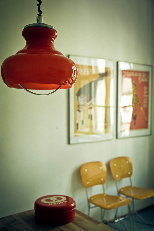 pomaranczowe lampy