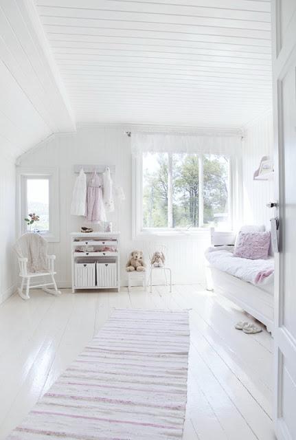 Wnętrze dnia: pastelowy pokój dla dziewczynki  Ładne rzeczy!