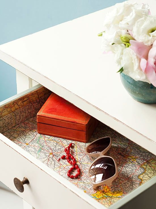 szuflady z mapa