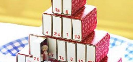 kalendarz z pudełek po zapałkach