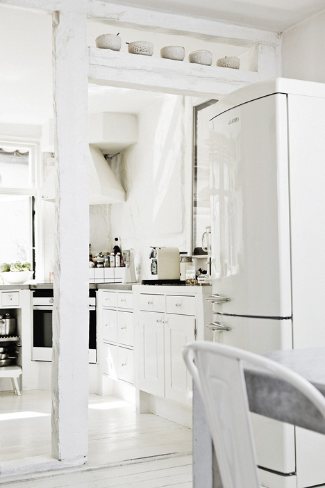 biała kuchnia smeg